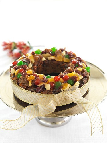 Cathedral Cake (English Christmas cake)