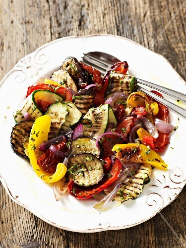 Grilled vegetables with an onion vinaigrette