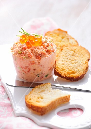 Salmon rillette with caviar and toasted bread