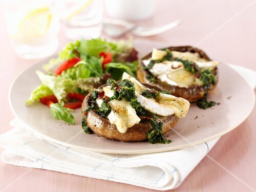 Mushrooms with brie and pesto