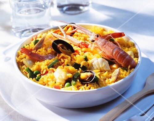 Paella with scampi