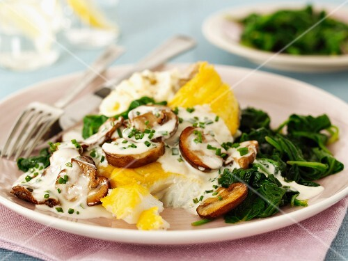 Haddock with mushrooms and spinach