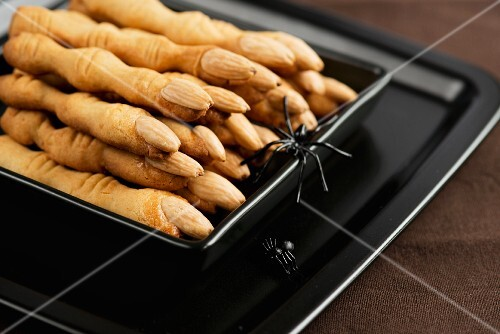 gruesome almond fingers for Halloween