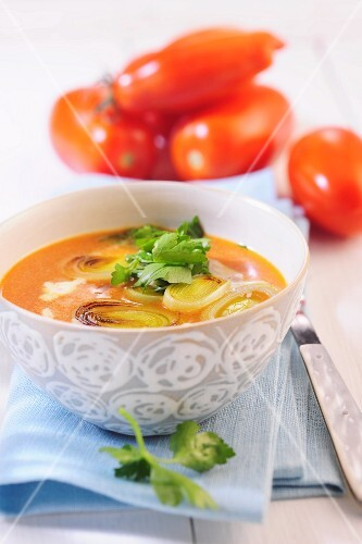 Tomato soup with leek