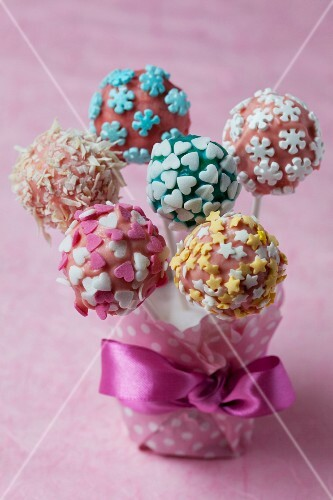 Colourful cake pops