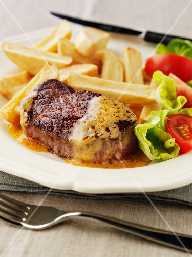 Beaf steak with chips
