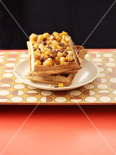 Waffles with strudel filling