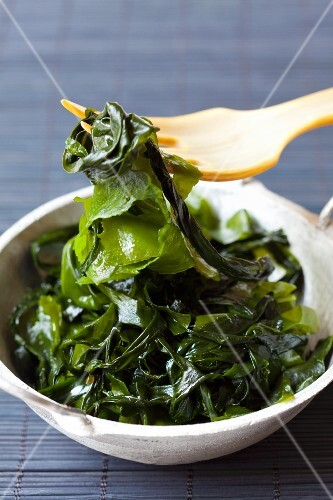Wakame in a bowl with a fork
