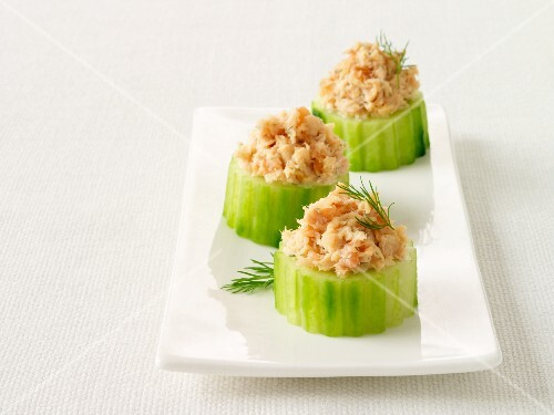 Cucumber nibbles with tuna pâté and dill