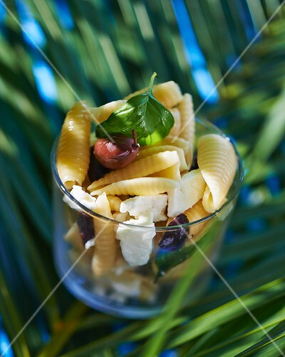 Pasta salad with feta and black olives
