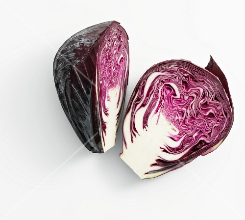 A head of red cabbage, cut in half