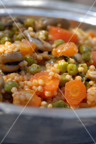 Couscous with peas and carrots (Tunisia)
