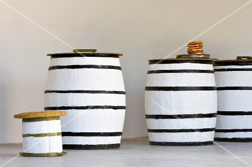 Several casks of olive oil (Tunisia)