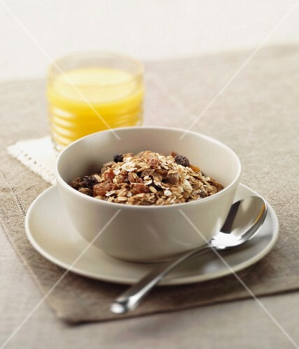 Muesli and Orange juice
