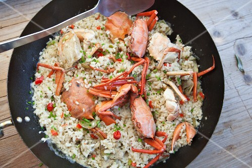 Fried rice with crabs and vegetables