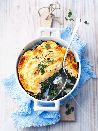 Spinach bake with a cheese top
