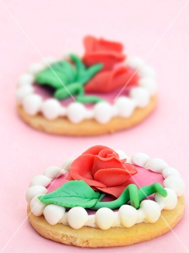 Biscuits decorated with marzipan roses