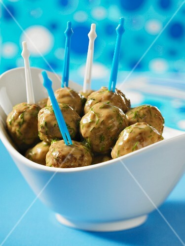 Swedish meatballs with party skewers