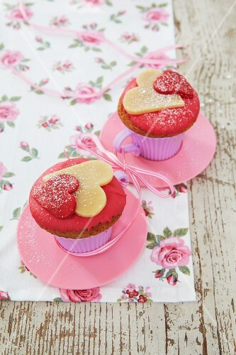 Cupcakes with marzipan hearts