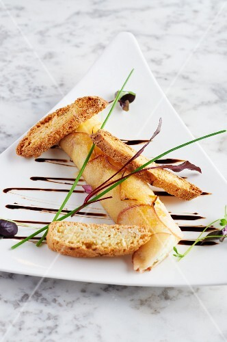 Caramelised goat's cheese with toasted bread