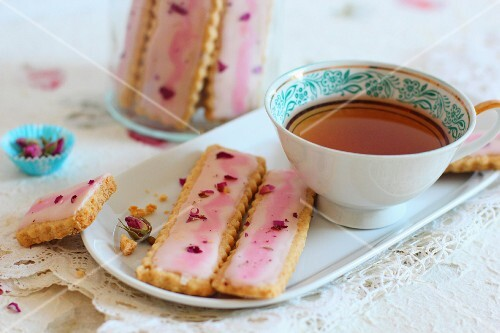 Rose shortbread with a cup of tea