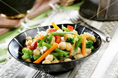 Vegetables, chickpeas, green beans