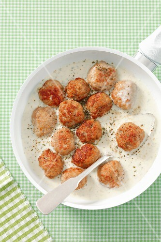 Meatballs in Gorgonzola sauce