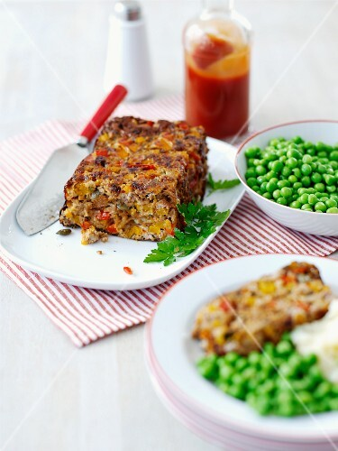 Turkey meatloaf with peas