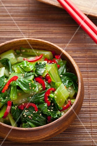 Mini pak choi with chillies and sesame (Asia)