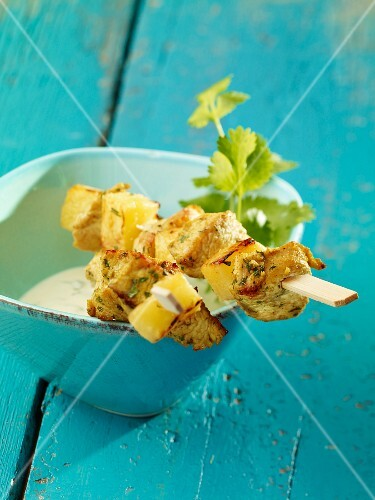 Pineapple and turkey skewers with dip