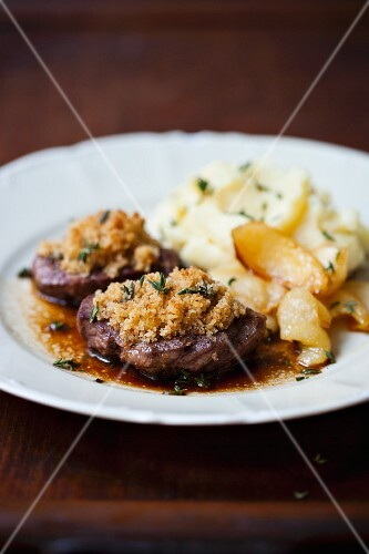 Fillet of venison with a thyme crust and mashed potato