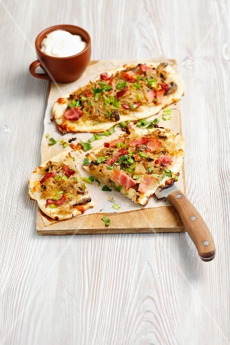 Tarte flambee with sauerkraut, mushrooms and Pancetta