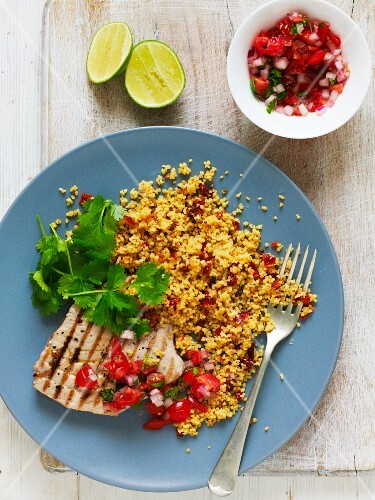 Tuna steak with couscous and tomato salsa