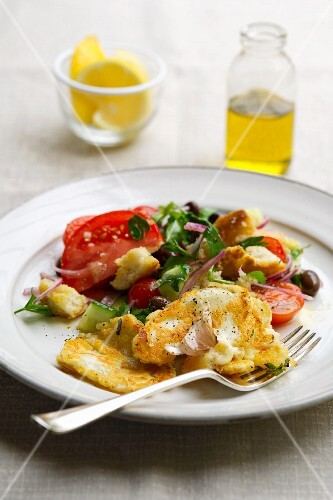 Haloumi with panzanella (Italian bread salad)