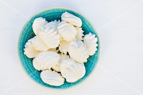 A bowl of meringues