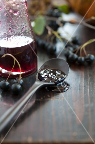 Aronia jelly on a spoon