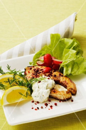Salmon steaks with creme fraiche