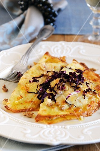 Crespelle filled with radicchio and ricotta (Italy)
