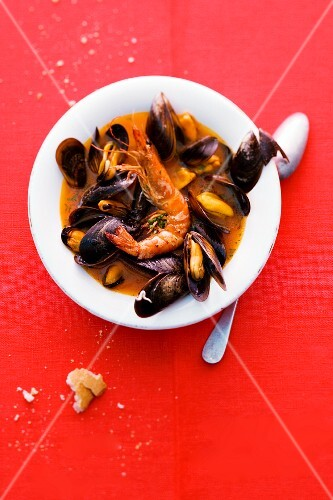 Mussels and fried king prawns