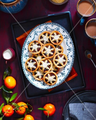 Mince pies, tea and clementines for Christmas