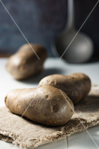 Potatoes on a linen cloth