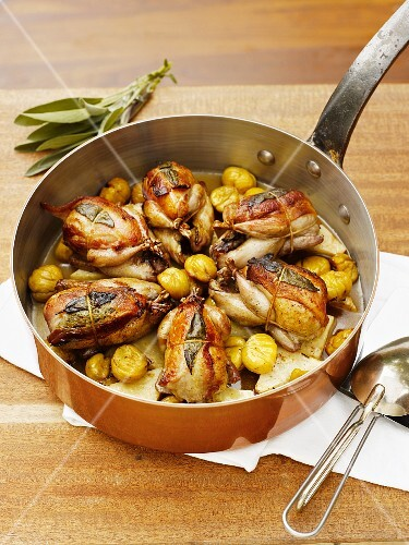 Quails with sage and roast potatoes