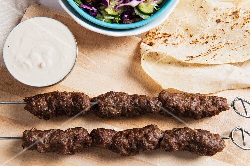 Kofte with unleavened bread and a dip