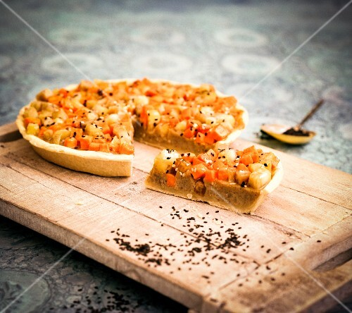 Sweet potato pie with sesame seeds