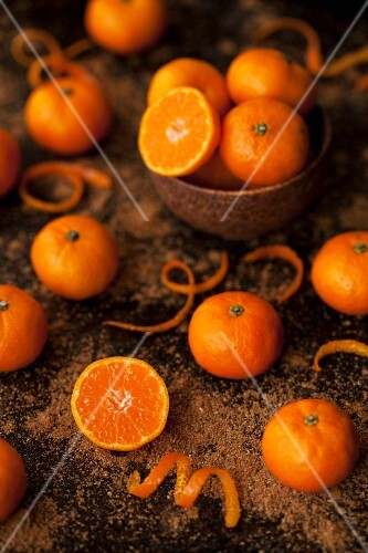 Mini mandarins with brown sugar and orange zest