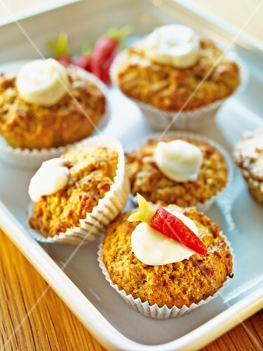 Carrot and nut cupcakes