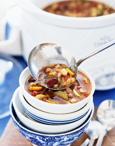 Vegetable soup with kidney beans