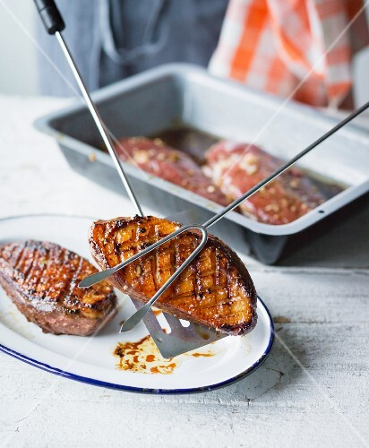 Grilled duck breasts in an oriental marinade