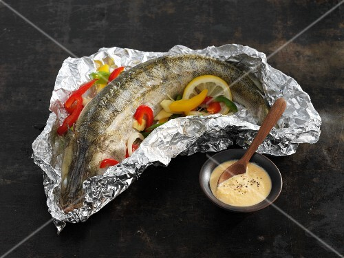 Stuffed Zander with a Schmand dip
