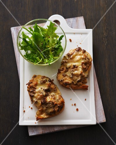 Morel mushrooms crostini